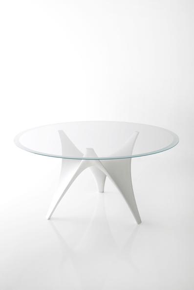 Il tavolo Arc by Molteni & C