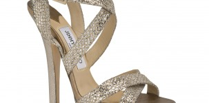 "Il sandalo ""Louisa"" by Jimmy Choo, in glitter champagne, indossato a Cannes dalla top model Eva Riccobono"