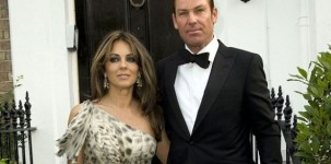 Elizabeth Hurly indossa la scarpa Dart by Jimmy Choo al White Tie and Tiara Ball organizzato da Elton John