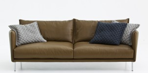 Gentry Sofa in pelle by Moroso