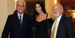Monica Bellucci e Paolo Baratta e Orsoni sul red carpet della Mostra del Cinema di Venezia (foto ASAC)