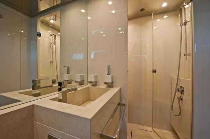 Valli arredobagno arreda i bagni degli yacht di lusso for Bagni lusso design
