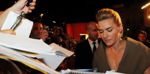Kate Winslet sul red carpet della Mostra del Cinema di Venezia (foto ASAC)