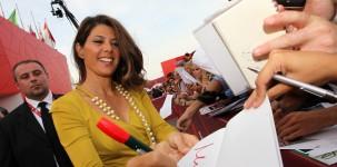 Marisa Tomei sul red carpet della Mostra del Cinema di Venezia (foto ASAC)