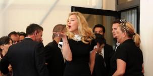 Ecco le foto che immortalano l'arrivo di Madonna alla Mostra del Cinema di Venezia (foto ASAC)