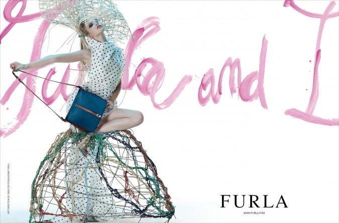 FURLA AND I: campagna pubblicitaria Furla 2012 - soggetto Borsa GLOBET