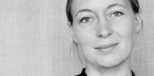 La desinger Cecilie Manz, creatrice del Beolit 12 per B&O